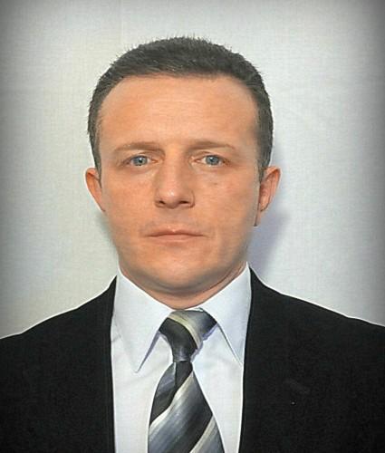 POPESCU-Viktor_MOL-425x500